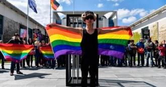 Comisia Europeană: Țările care nu respectă drepturile LGBT nu vor primi bani de la UE
