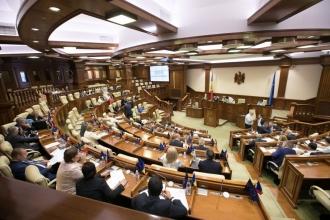 Deputații care nu vor vota bugetul pentru anul viitor trebuie să-și asume consecințele, spune Igor Dodon