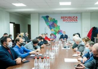 PSRM reiterează că așteaptă la discuții toate grupurile parlamentare pentru a identifica soluțiile necesare pentru anticipate
