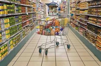Igor Dodon a promulgat legea care prevede ca 50% din rafturile magazinelor să fie pentru produse autohtone