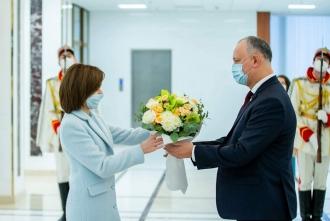 Igor Dodon a felicitat-o pe Maia Sandu cu prilejul investirii în funcția de Președinte al Republicii Moldova