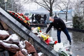 Dodon de Ziua Comemorării victimelor Holocaustului: Trebuie să edificăm relații de prietenie, acceptare interetnică și să combatem antisemitismul și xenofobia