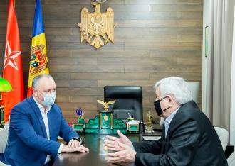 Criza politică din țară, discutată de Igor Dodon și fostul președinte al CC, Dumitru Pulbere