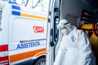 Epuizați după aproape un an de pandemie