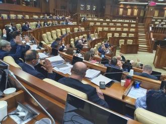 Legea lustrației pe care au inițiat-o socialiștii nu are susținere în Parlament, spune Igor Dodon