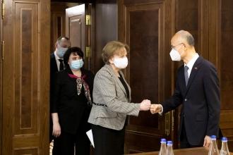 Zinaida Greceanîi anunță că țara noastră va primi vaccin anti-COVID din China: Mulțumim partenerilor pentru această donație