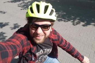 Un deputat PAS, care s-a lăudat că vine la Parlament cu bicicleta, a primit anul trecut câte 250 lei pe zi pentru transport