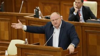 Vasile Bolea: Ați văzut măcar un bănuț adus de Maia Sandu din străinătate în cele 100 de zile de mandat