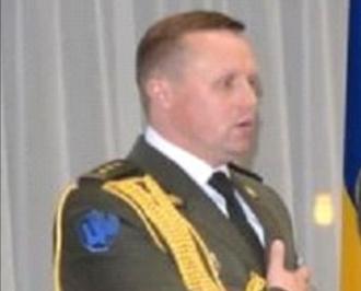 Presa publică fotografia atașatului militar al Ucrainei în R.Moldova, care l-ar fi transportat pe Ceaus în Ucraina