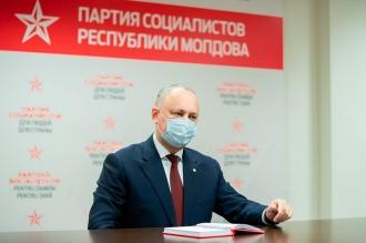 Dacă puterile din Occident vor prelua toată puterea în stat, ar putea fi interzise partidele pro-moldovenești, spune Dodon
