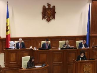 Dodon: Dacă Parlamentul va fi dizolvat, țara rămâne fără legislativ și Guvern. Ce facem în situație de urgență?