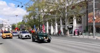 A fost dat startul marșului automobilistic pe străzile Capitalei cu ocazia Zilei Victoriei (VIDEO)