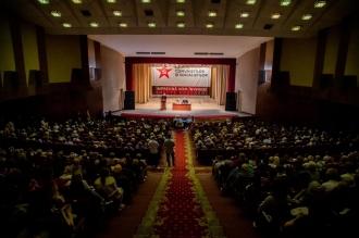 Sute de cetățeni au venit la întrevederea cu Dodon și Voronin