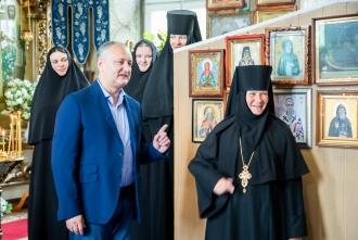 Igor Dodon, la Călărășeuca: Vom contribui la păstrarea valorilor naționale, a credinței, tradițiilor, istoriei