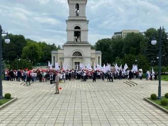 În capitală se desfășoară Marșul Familiei