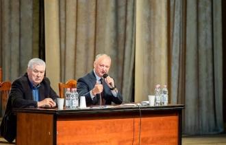 SONDAJ: Politicienii care se bucură de cea mai mare încredere din partea cetățenilor sunt Maia Sandu, Igor Dodon și Vladimir Voronin