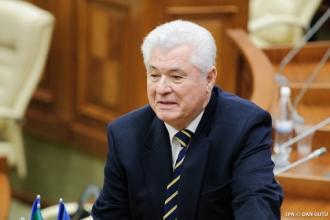 Vladimir Voronin, de la tribuna Parlamentului: În centrul politicii noastre se va afla omul cu toate problemele și grijile lui
