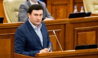 Odnostalco, către deputații PAS: comisiile parlamentare nu sunt SRL-uri și nici ONG-uri