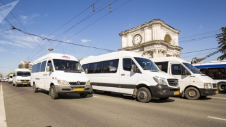 Transportatorii, despre inițiativa PAS: Proiectul va genera creșterea prețurilor angro la produsele petroliere