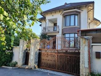Politolog, despre casa nedeclarată a premierului Gavrilița: În asemenea vile locuiesc mulți reprezentanți ai actualei puteri