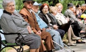 Moldovenii vor ieși la pensie mai târziu. PAS va anula micșorarea vârstei de pensionare