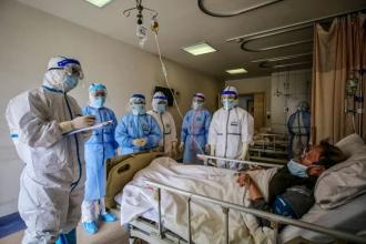 Personalul medical, infectat de COVID la locul de muncă, va primi 16 mii lei doar dacă va fi vaccinat, a anunțat Dan Perciun