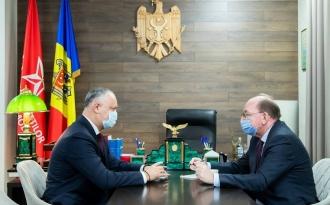 Igor Dodon a avut o întrevedere cu Ambasadorul Federaţiei Ruse Oleg Vasnețov