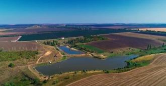 Majoritatea PAS și fracțiunea Șor se opun interzicerii prin lege a vânzării terenurilor agricole străinilor