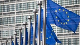 Un europarlamentar întreabă Comisia Europeană dacă mai este oportună menținerea regimului liberalizat de vize cu Moldova, după ce doar în iunie-august numărul solicitărilor de azil a crescut cu peste 400%