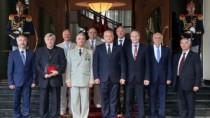 Distincții de stat cu ocazia aniversării a 26-a a Zilei Independenţei Repub ...