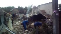 Explozie într-o casă din Fălești; O fetiță a murit, iar o femeie a fost gra ...