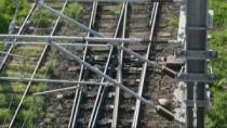 Cel puțin 19 morți într-o coliziune între un tren și un autobuz, în centrul ...