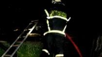 Părinții celor trei copii arși la Glodeni nu au putut să intre în casă din  ...