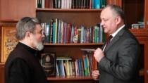 Vizita Patriarhului Kiril în Moldova, discutată de Igor Dodon și Episcopul  ...