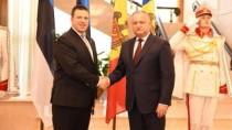 Dodon: Țara noastră trebuie să promoveze o politică externă echilibrată