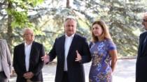 Igor Dodon a avut o întrevedere neformală cu mai mulți ambasadori acreditaț ...