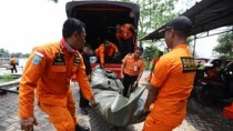 Avion prăbuşit în Indonezia. Cel puţin 188 de persoane se aflau la bordul a ...